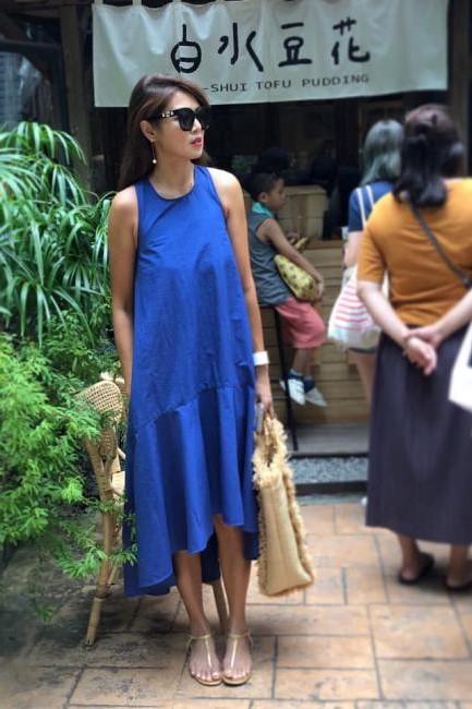 花漾藍色波浪削肩洋裝