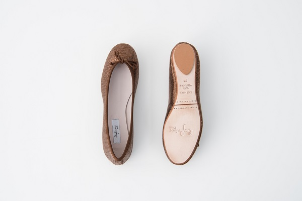 特殊皮紋圓頭芭蕾舞鞋 咖色,,,06BA19SXFGLS89,特殊皮紋圓頭芭蕾舞鞋咖色,