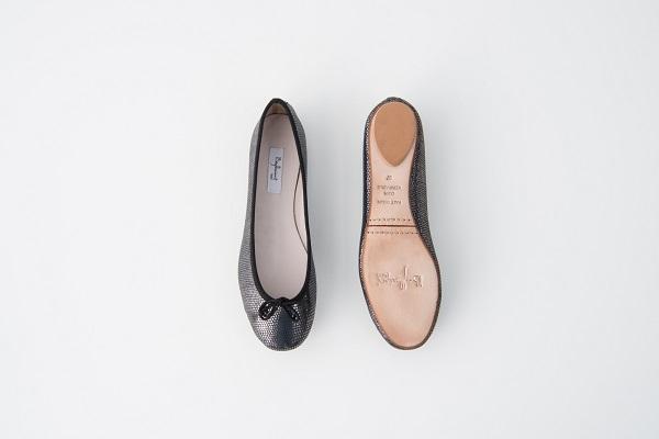 特殊皮紋圓頭芭蕾舞鞋 黑色