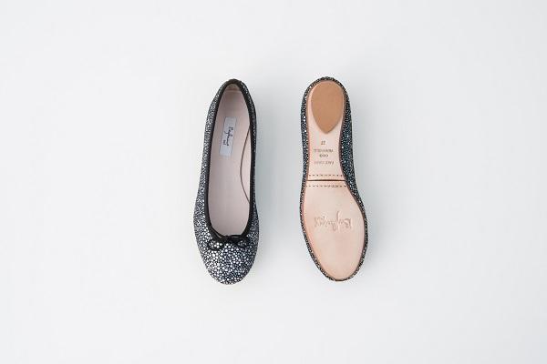 特殊皮紋圓頭芭蕾舞鞋 黑白珍珠