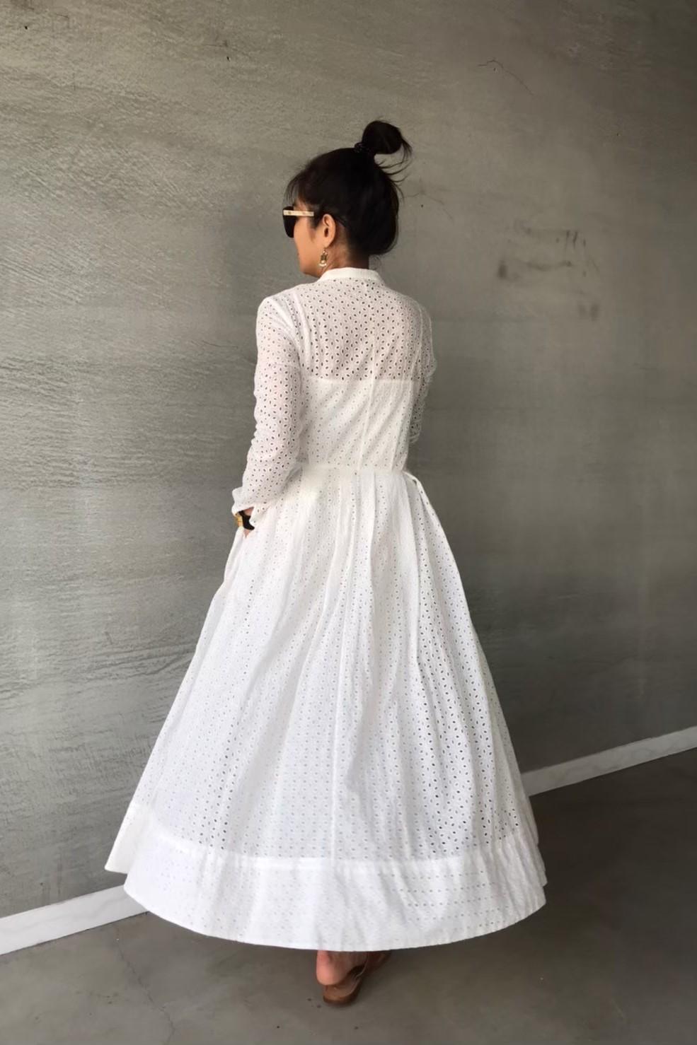 圓領布蕾絲長洋裝
