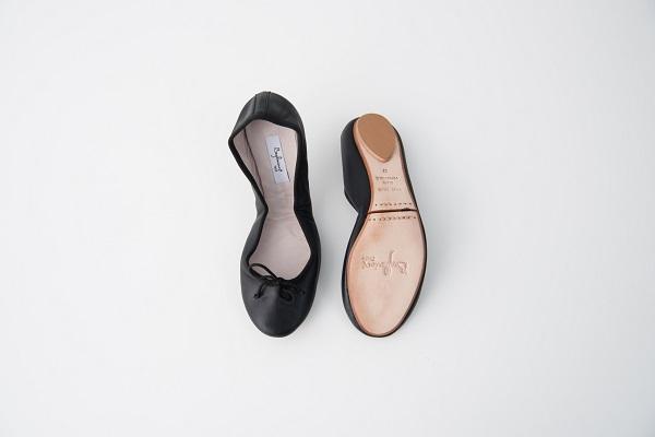 小羊皮圓頭芭蕾舞鞋 黑