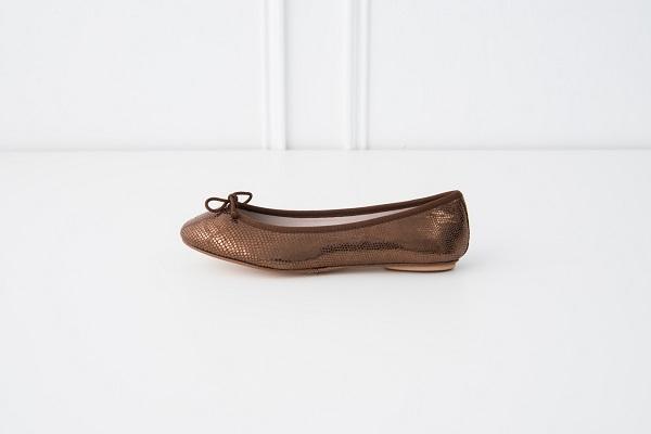 特殊皮紋圓頭芭蕾舞鞋 咖色