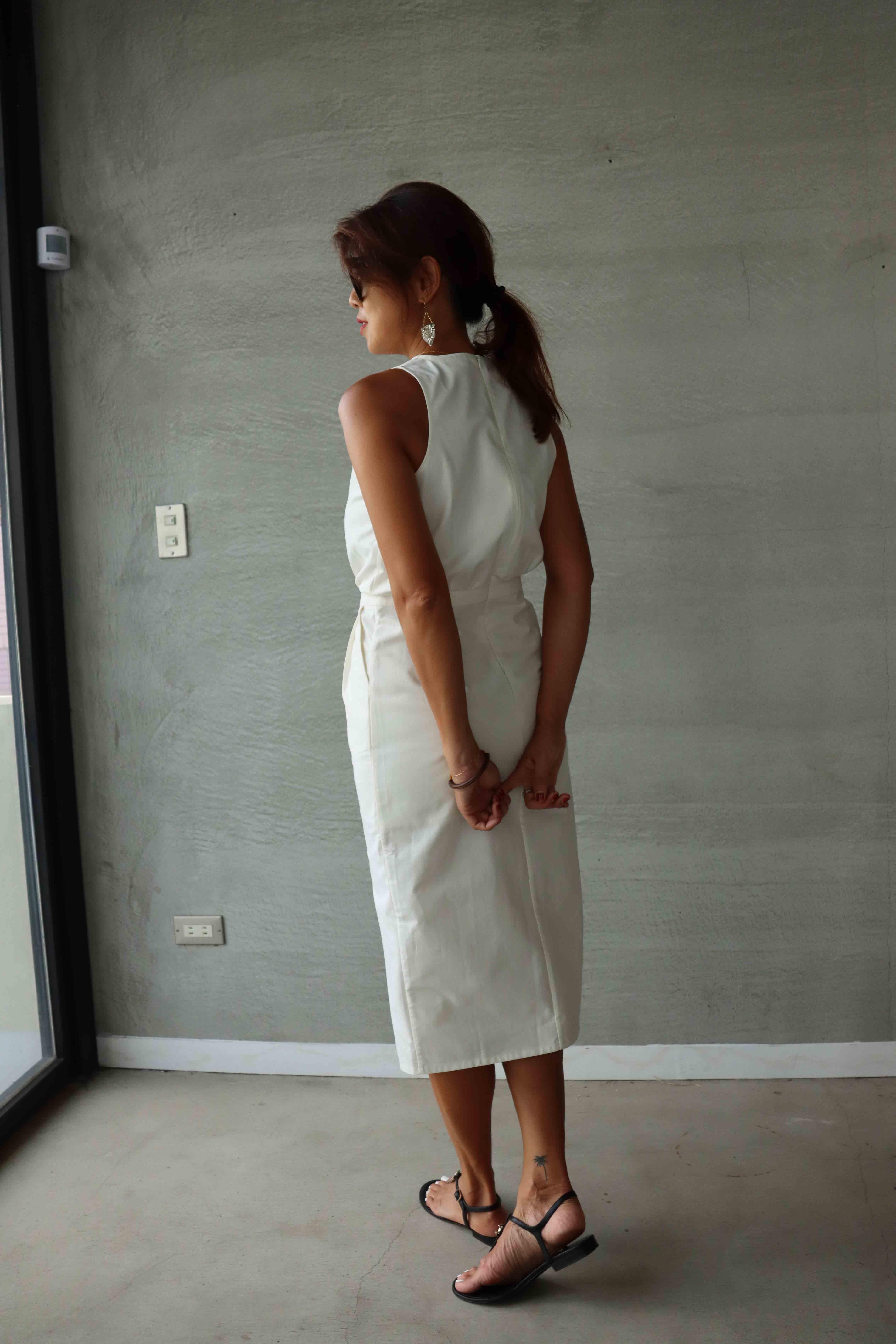 純棉削肩前開叉洋裝