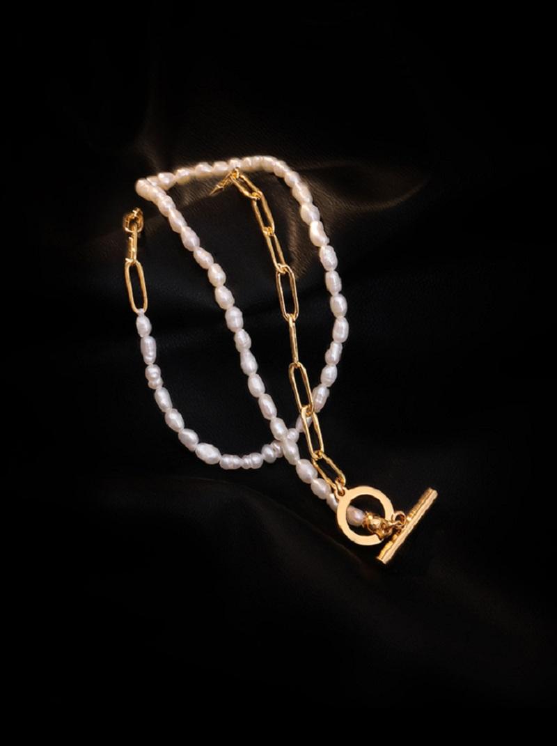 鎖圈配珍珠T字扣項鍊