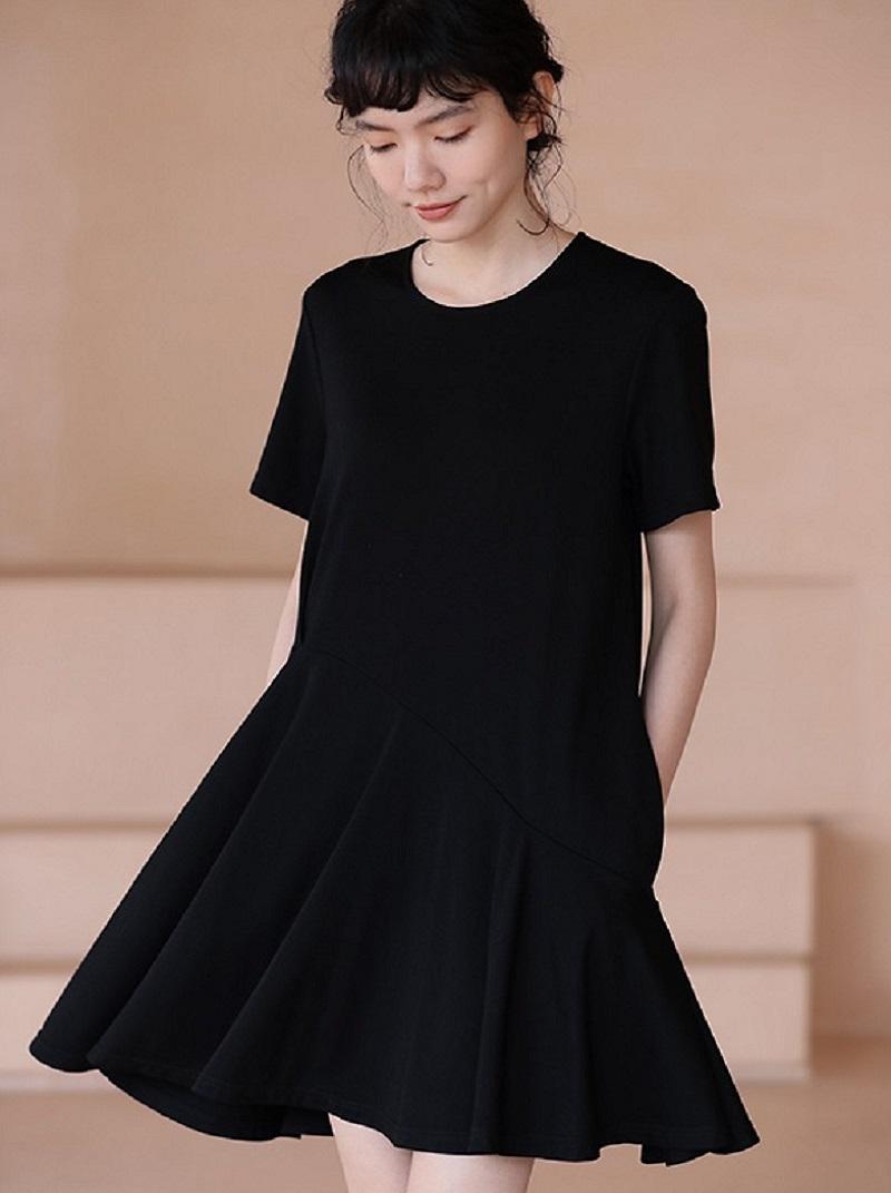 不規則斜下擺寬鬆洋裝