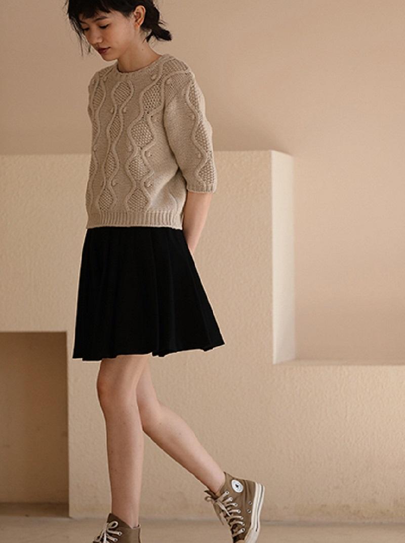 高腰百褶短圓裙