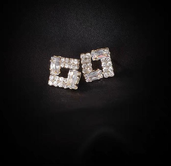 四方型鑲鑽耳環