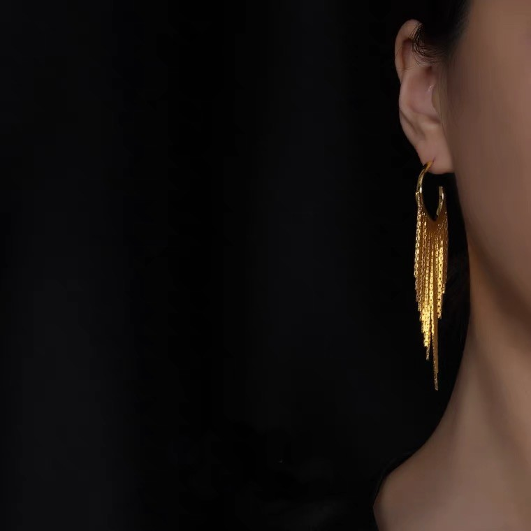 時尚氣場擺動流蘇耳環