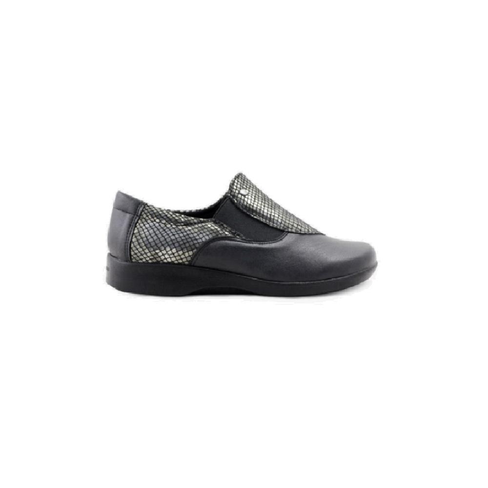 《雅客》復古方頭包鞋
