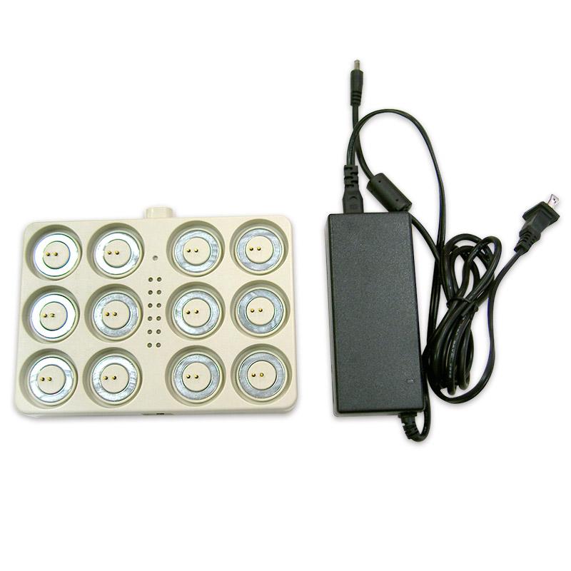 《弘麒》LED環保蠟燭燈12頭充電盤組 (1入)